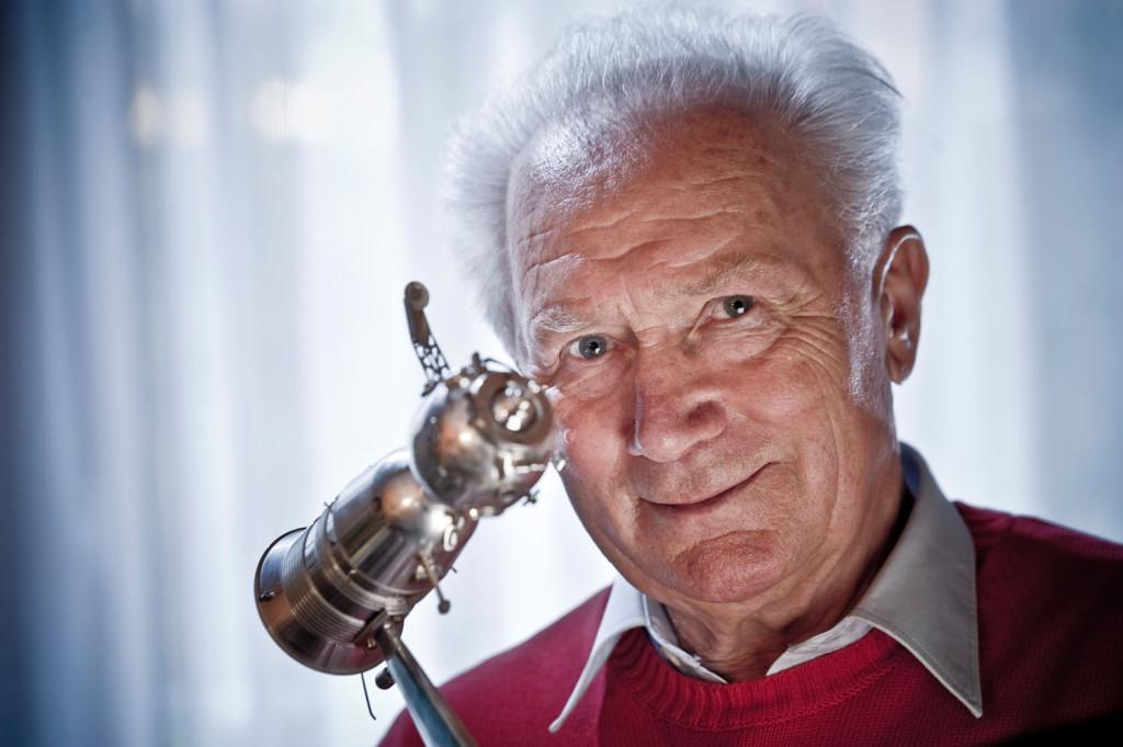 DDR-Raumfahrtpionier Sigmund Jähn, 180mm, Blende 4