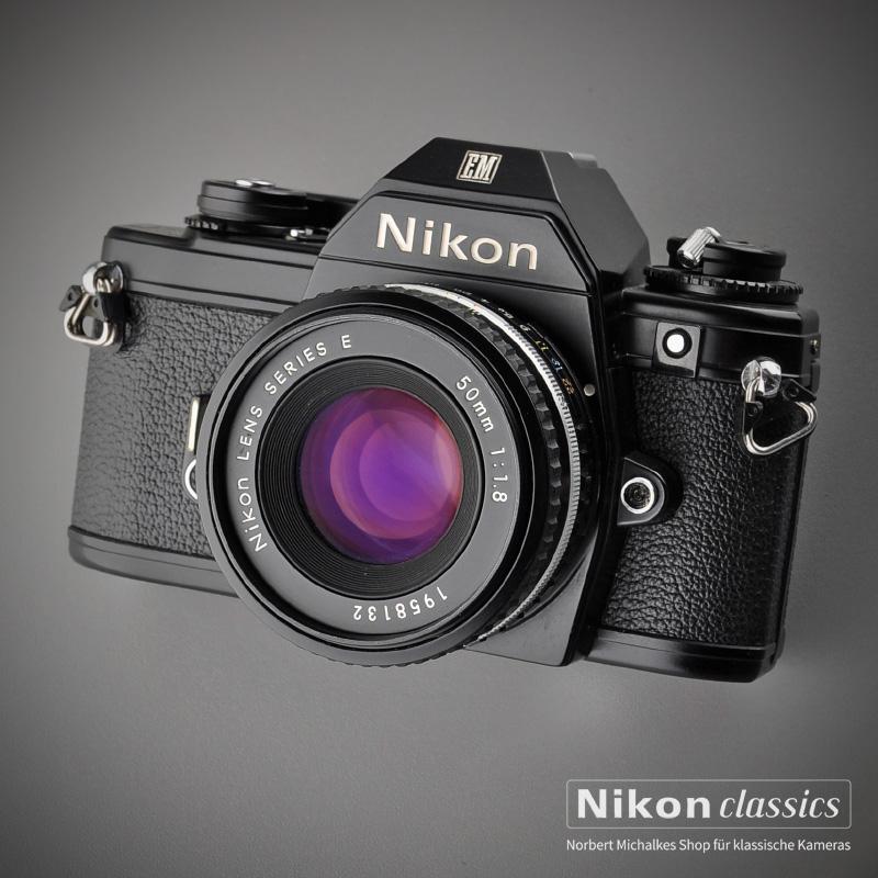 Nikon EM mit Series E 50mm/1,8