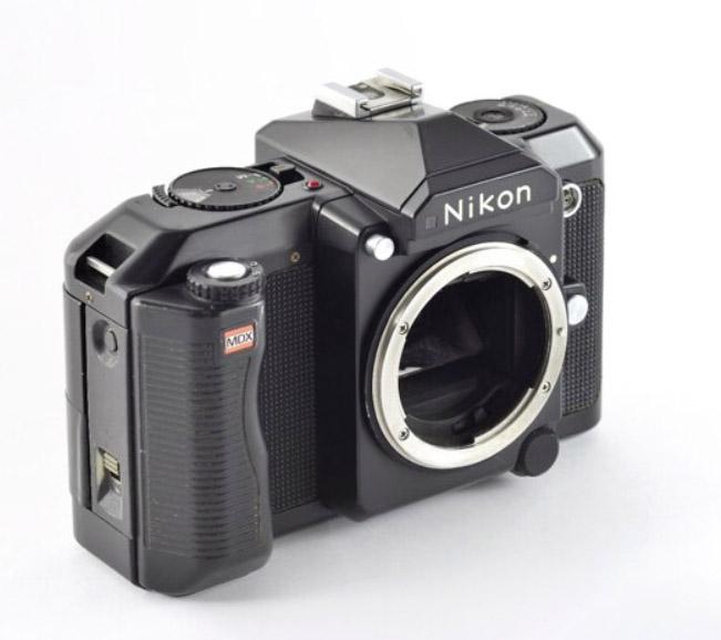 Über diese Kamera ist leider nicht viel bekannt, nur daß sie nicht verwirklicht wurde: die Nikon MDX